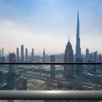 Modern Apt in Index Tower - GuestReady