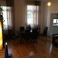 Large spacious flat near the centre with high speed internet 2min from Spa