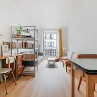 Charming apartment only 10 mins walking to the Sacré Coeur by GuestReady