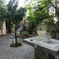 Litsa, hotel in Plomari