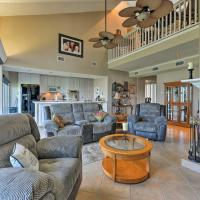 NEW-Waterfront Townhome on Lake Conroe w/Amenities