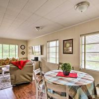 Cozy Deland Studio Cottage - 3 Blocks to Downtown!