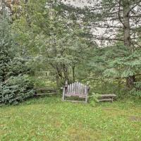 'Cedar Cabin' Cozy 1BR Packwood Cabin w/Mtn Views!
