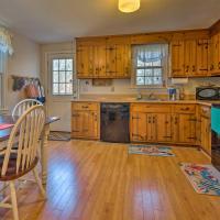 Cozy Yarmouth Home - Walk to Colonial Acres Beach!