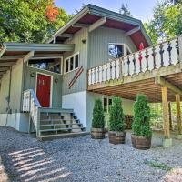 Updated Bartlett Home Near Storyland w/Pool Access
