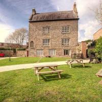 Llanthony Secunda Manor