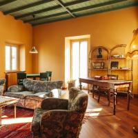 Delightful Holiday Home in Castelleto Ticino with Jacuzzi