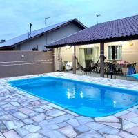 Casa com piscina - Itapoa