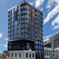 Designed Bright Apartment in Auckland CBD