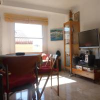 Apartment (wifi, air conditioning) at 150 meter beach