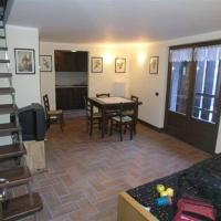 Appartamento in Frazione Suil 4