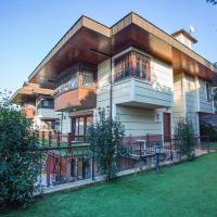 Luxury 4 bdr Villla in Istanbul with Swimmingpool and Elevator