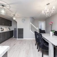 Glamorous & Newly Renovated Battersea Family Home