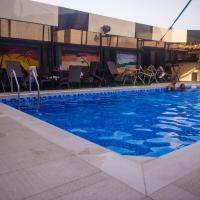 Delano Hotel And Suites