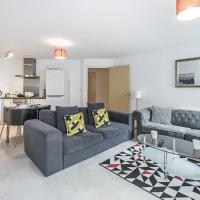 Incredible Luxury 2 Bed Central Apartment + 24/7 Reception Sleeps 6