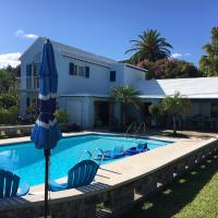 Poolside One Bedroom Apartment in GREAT location