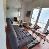Downtown Sea View Luxury Suite