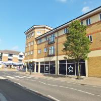 Modern central Kidlington (High Street) apartment