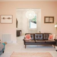 Stunning 5 Bedroom Family Home in East London