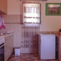 Nice apartment in Maranovici w/ WiFi and 1 Bedrooms