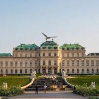 Central 75m² Apartment at Belvedere Palace