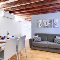 Caerano di San Marco Apartment Sleeps 7 Air Con