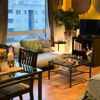 2-room flat near Arena n Ziggo Dome, perfect for 2 couples