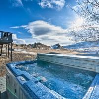 Unique Cabin w/ Indoor Pool & Mountain Views!