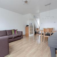 Regents Park View Apartment