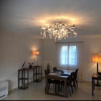 Villa climatisée dans le Golfe de Saint-Tropez, hotel near La Mole Airport - LTT, La Môle