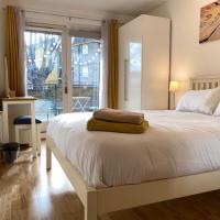En-suite double bed in Islington