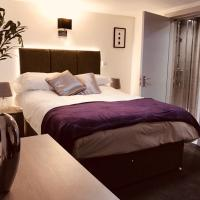 Have a Group STAY @ Deluze 6 BED House in CENTRAL READING