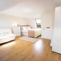Charming 6 Bed House in Fulham