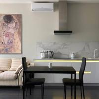 Contemporary Apartment in Arcadia