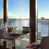 Luxury new built 2 beds apartment with skyline riverview