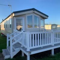Brand New Sea View Caravan - Sleeps 8
