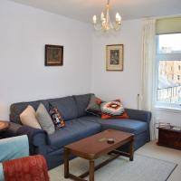 Lovely traditional 1BR, 10 minutes to Princes St.