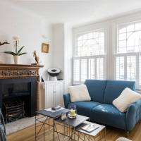 Fabulous 4-Bed House in Fulham with Garden!