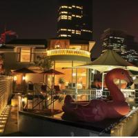 Yimei Luowei Tianlin Geli Hotel