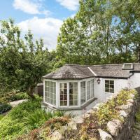 Cozy Holiday Home with Swimming Pool at Elterwater