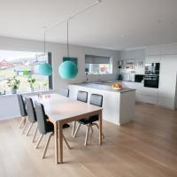 2 Bedroom Luxury House w/ Magnificent Ocean View