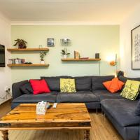 NEW Sleek & Colourful 2 Bedroom Flat Forest Hill