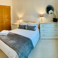 Weybridge - Town Centre Serviced Apartment