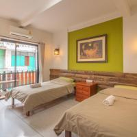 Banthat Thong Hostel