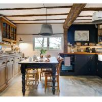 The Dairy, one bedroom cottage in a 15th century farmhouse