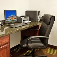 Holiday Inn Express Hotel & Suites St. Charles