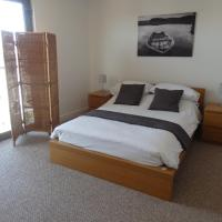 Gateshead apartment two bedroom two bathroom with parking included