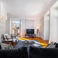 WHome | Luxurious Art Deco 3 BR & 2.5 bath in city center