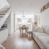Beautiful and Unique Mews Cottage in Peckham