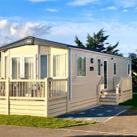 6 berth caravan to rent Felixstowe